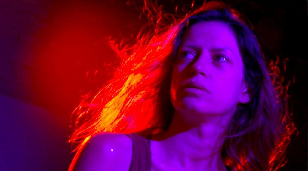 Noite by Paula Gaitán